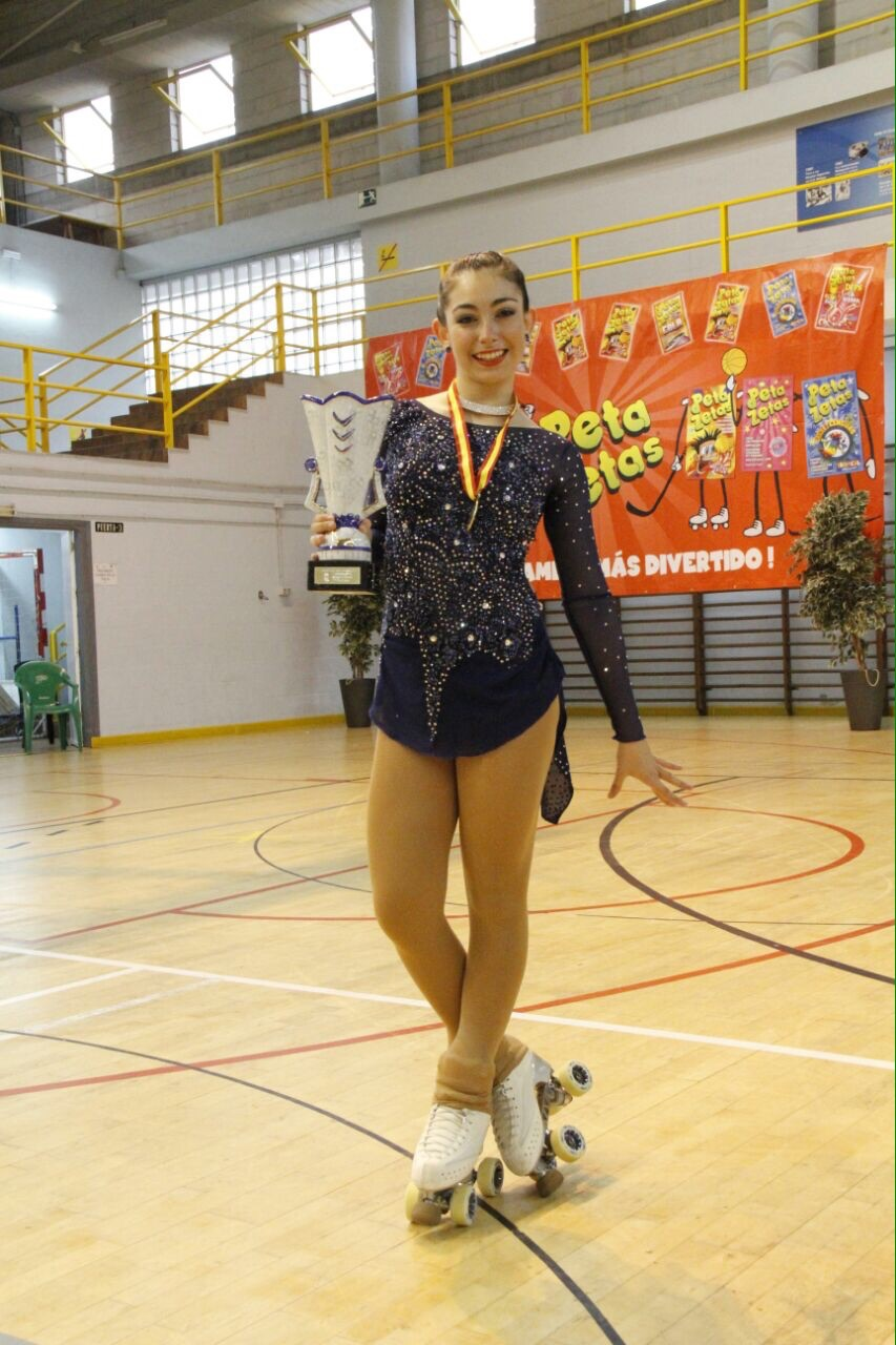 One of the champions in the Artistic Roller Skating of Fuengirola with Peta Zetas