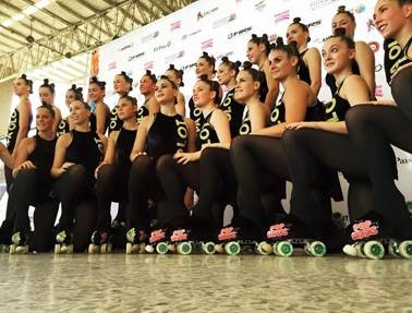Peta Zetas and Pop Rocks supported Olot Artistic Roller Skating Club in World Championship.