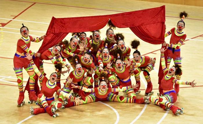 Peta Zetas felicita a los participantes  del Campeonato Xous de Cataluña