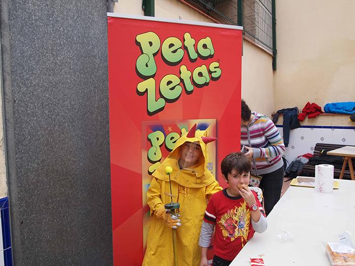 Los Diables de Magòria meriendan con Peta Zetas