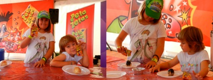niños en festa súpers con Peta Zetas