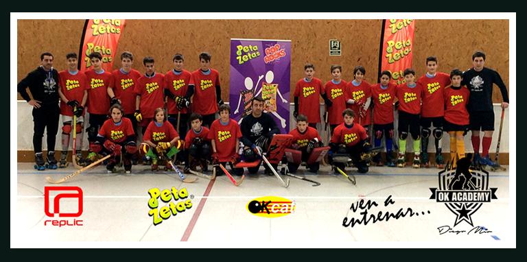OK Academy-Grupo de 13-15 años de jockey con camisetas de Peta Zetas.
